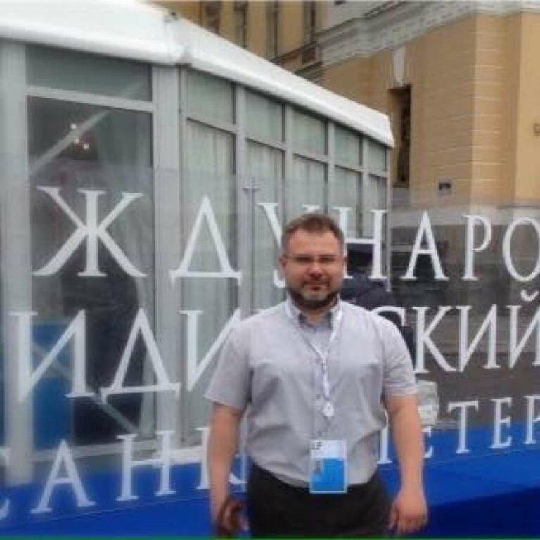 Антон Лукаш: чтобы добиться масштабных целей, нужно избавиться от лишнего