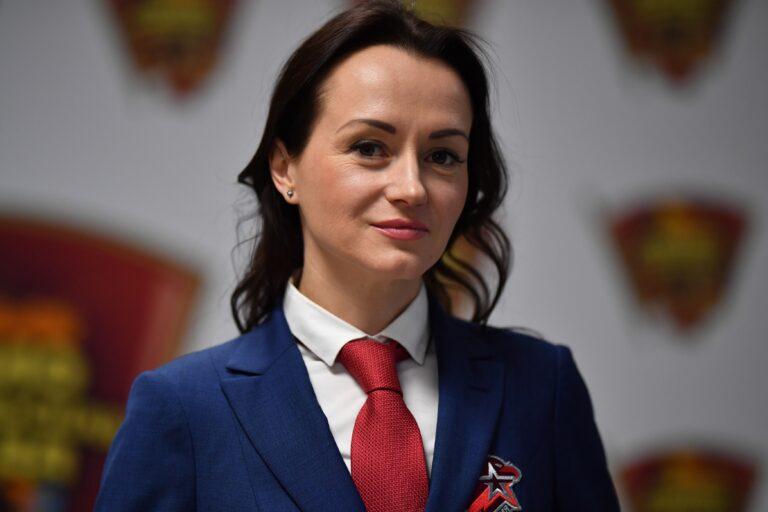 """""""Так много пустословия"""": Слесаренко отреагировала на новости об авторстве ее диссертации"""