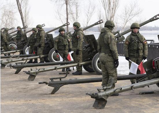 День защитника Отечества в Волгограде завершится праздничным салютом