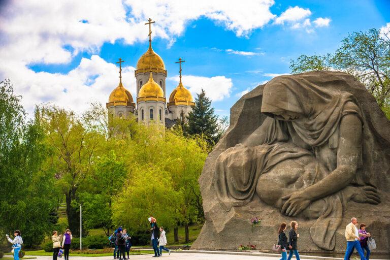 Волгоградцев попросили воздержаться от посещения памятных мест 9 мая