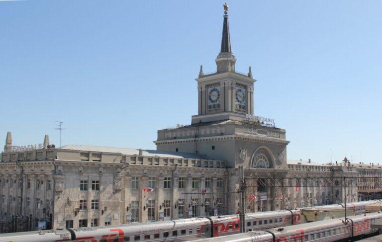 Защитные маски и перчатки можно приобрести на вокзалах Приволжской железной дороги