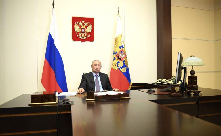 Владимир Путин: «С 12 мая завершается период нерабочих дней»