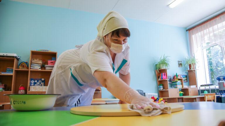 В Волгограде дошкольников распределят по 72 дежурным группам