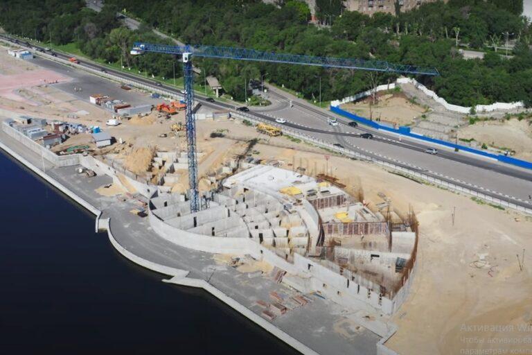 «Одна из лучших»: волгоградец показал ремонт набережной с высоты