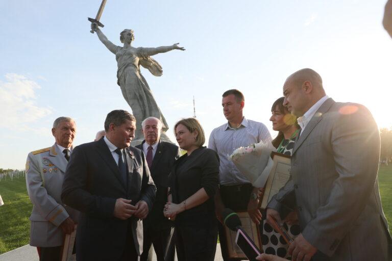 Открытие монумента «Родина-мать зовет!» прошло в присутствии Министра культуры