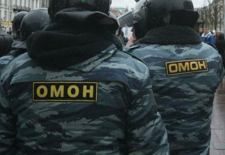 В Астрахани проходят обыски в домах Свидетелей Иеговы