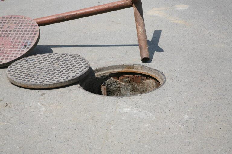 В Волгограде взялись за поврежденный участок водовода, из-за которого без ресурса остались три района