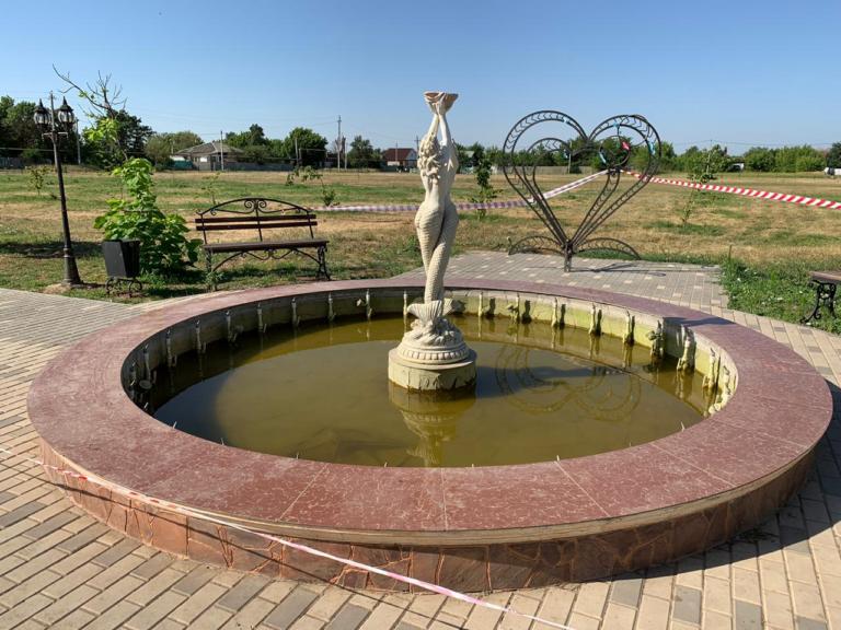 В фонтане, в котором погибла девочка, выявлены поломки в электрооборудовании