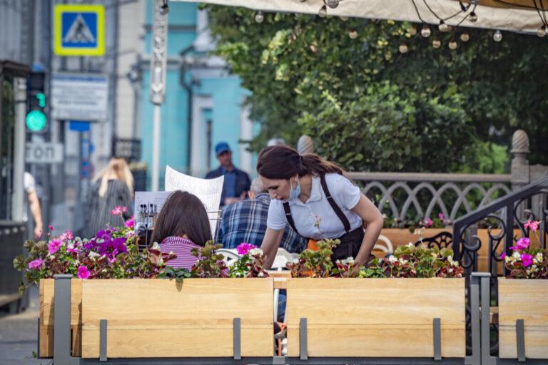 С 17 июля в Астраханской области откроются кафе и рестораны