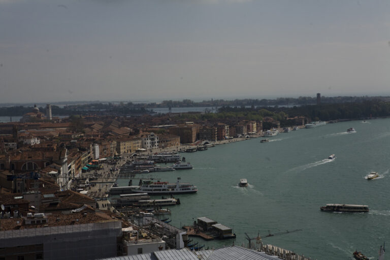 Камышанин получит с турфирмы деньги за путешествие в Италию, отмененное из-за коронавируса