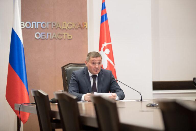 «Увеличилось число завозных случаев»: в Волгоградской области прогнозируют рост заболеваемости COVID-19