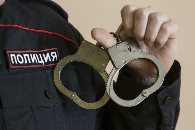 В Волгограде рецидивист пытался изнасиловать молодую женщину и пенсионерку