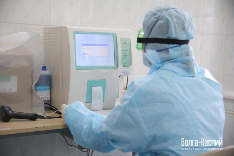 Более 11 тысяч волгоградцев заболели коронавирусом