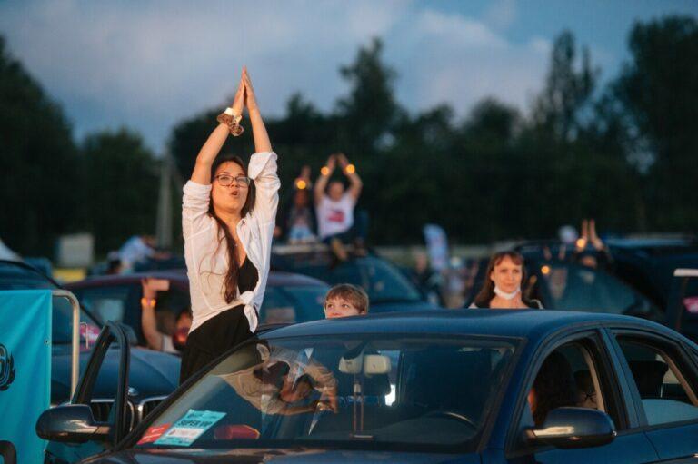 Артисты воззвали к Роспотребнадзору с просьбой вернуть концерты