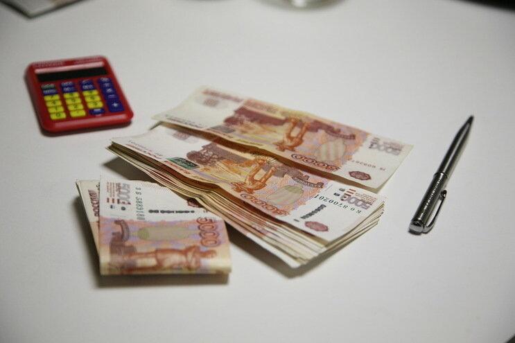 В Волгограде УК насчитала военному пенсионеру лишние 90 тысяч рублей