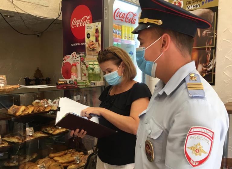 На волжском рынке выдали 7 предписаний за нарушение масочного режима