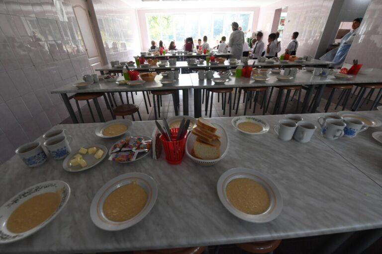 Роспотрбенадзор рассказал о самых частых нарушениях при проверке питания в детских коллективах
