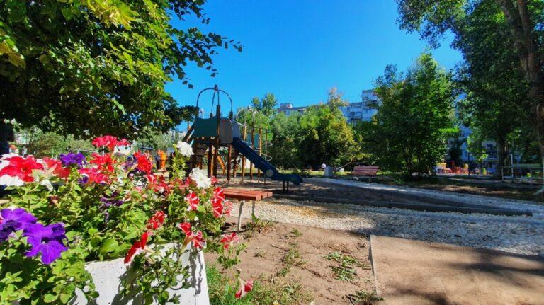 В Самаре к сентябрю преобразят 8 дворов