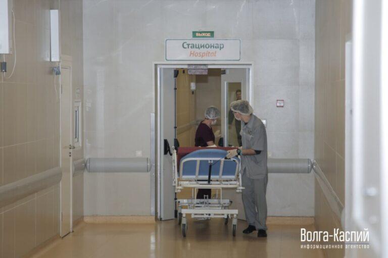 Ситуация напряженная: 124 жителя Волгоградской области с коронавирусом находятся в реанимации