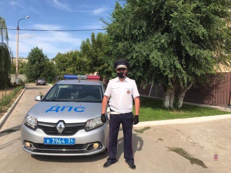 Волгоградский полицейский спас жизнь водителю из Красноармейского района