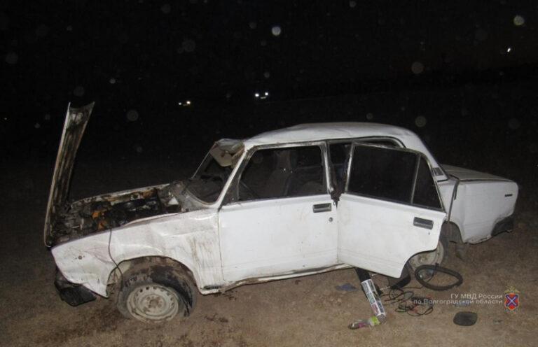 Под Волгоградом нетрезвая водитель угробила пассажира, виновница аварии не пострадала