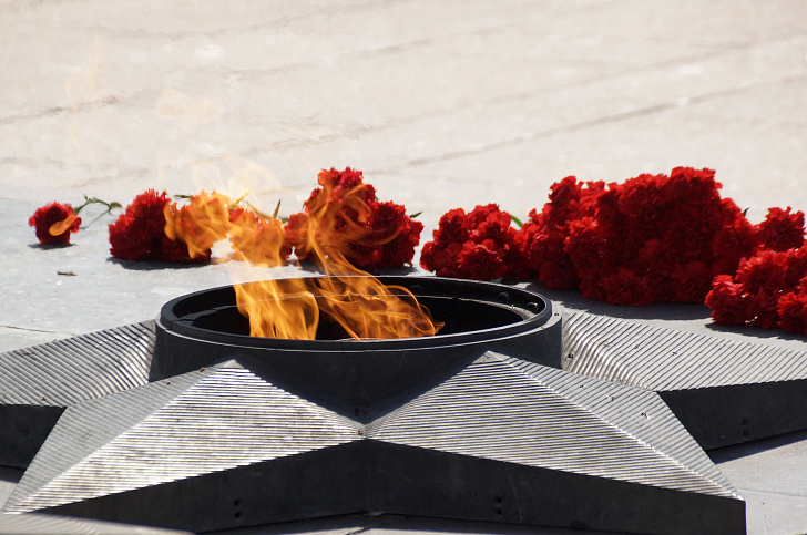 В Волгограде почтили память жертв массированной бомбардировки жителей Сталинграда