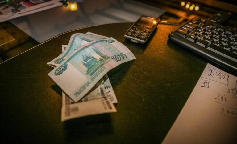 Представители волгоградских соцуслуг получат выплаты за работу с коронавирусными больными