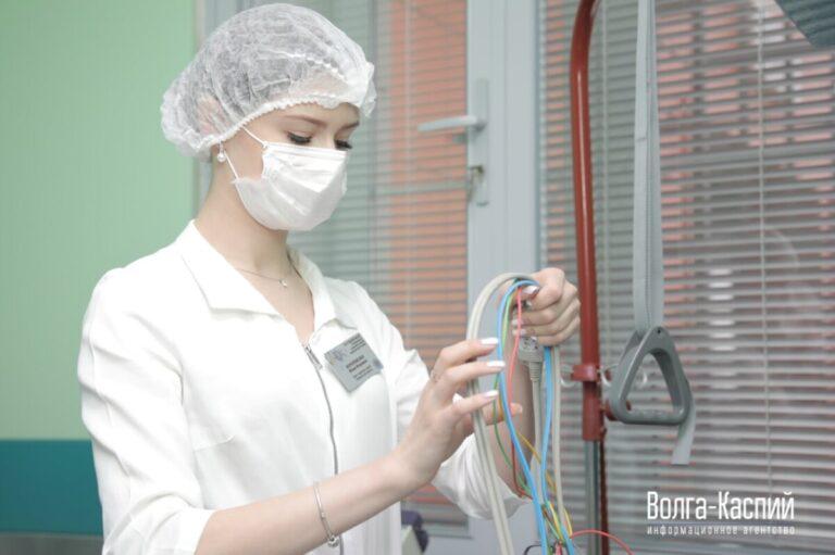 С 10 декабря в Волгоградской области стартовала массовая вакцинация от коронавируса