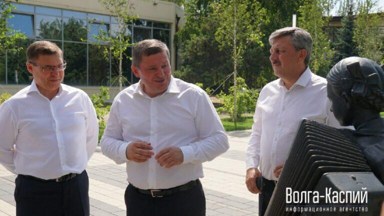 Глава Минстроя РФ оценил новое благоустройство в Волгограде
