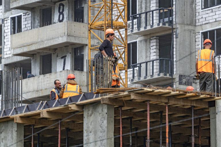 В Волгоградской области стали строить больше жилья