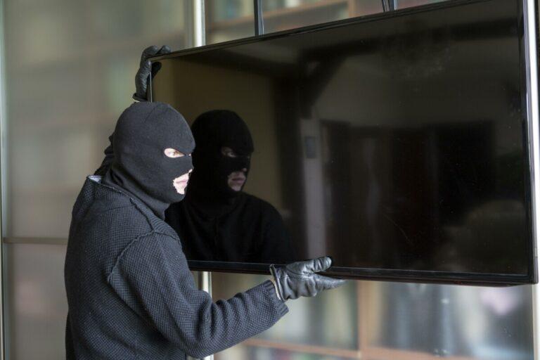 В Ворошиловском районе Волгограда задержали серийного вора