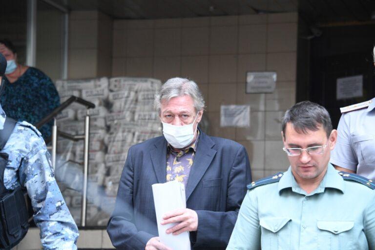 Михаила Ефремова признали виновным в смертельном ДТП