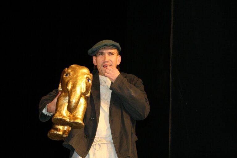 Двоих деятелей культуры Волгоградской области представили к президентским наградам