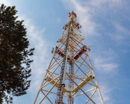 Волгоградцы массово жалуются на вышки сотовой связи
