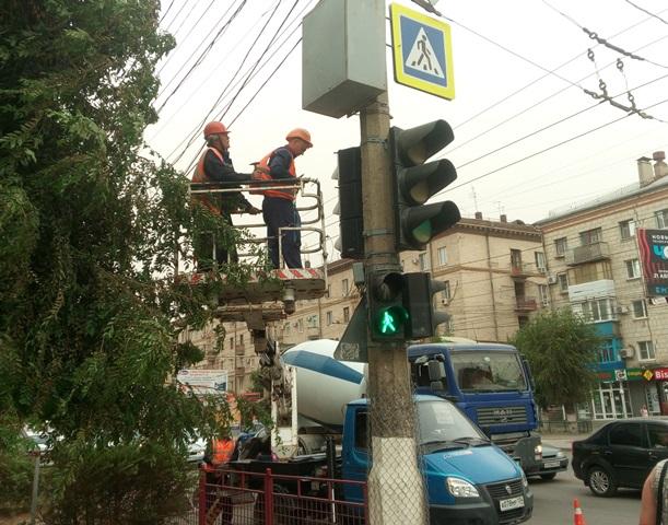 В Волгограде на улице Штеменко модернизированы два пешеходных перехода