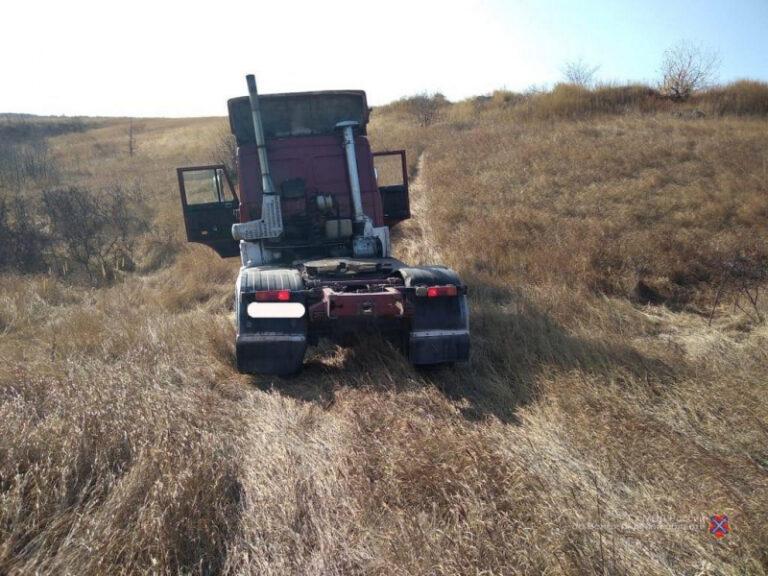 В аварии под Волгоградом скончался водитель МАЗа