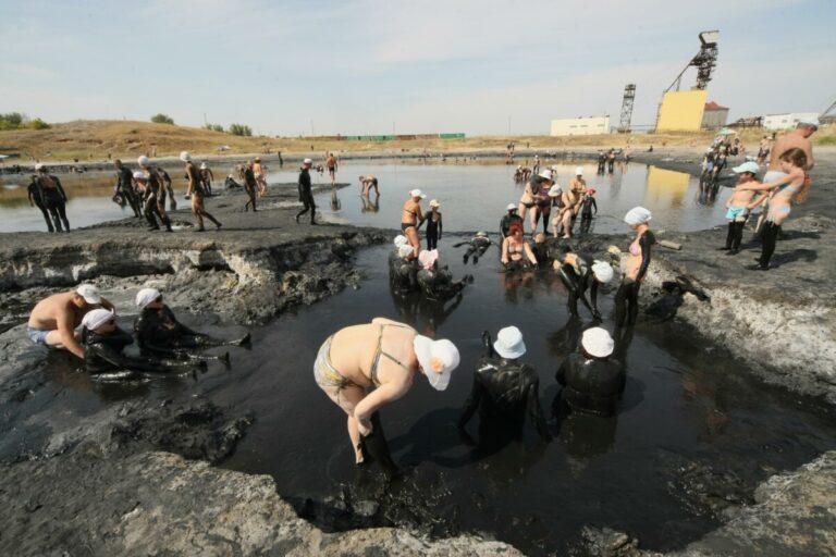 Санаторий «Эльтон-2» уличили в использовании лечебной грязи без лицензии