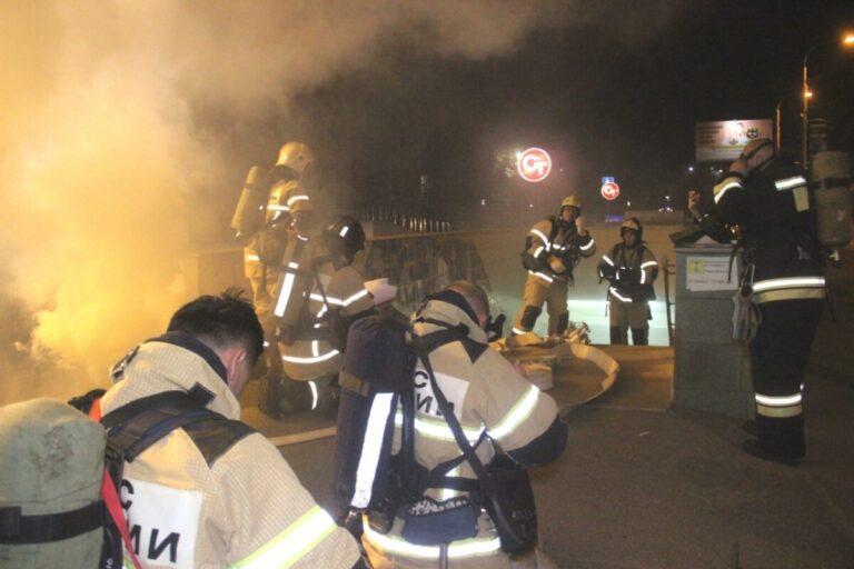 Толпа пожарных в подземке Волгограда напугала местных жителей