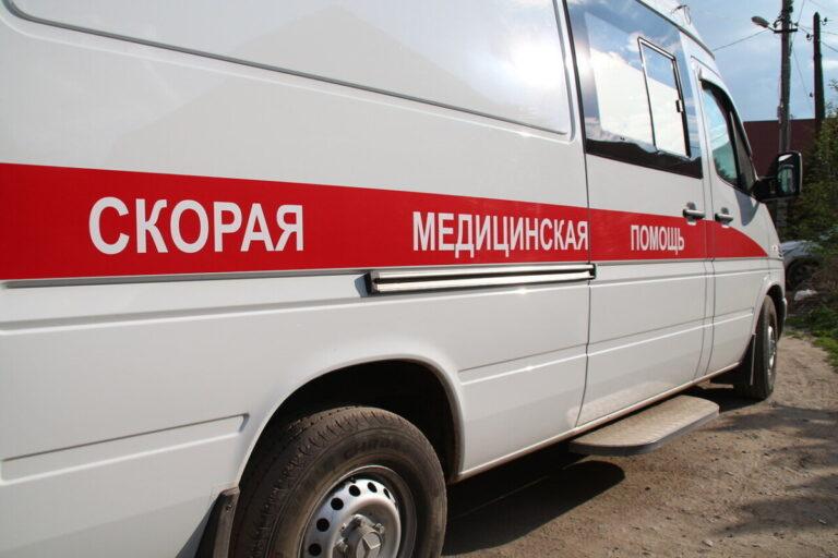 В Волгограде молодой мужчина скончался в такси по дороге в поликлинику