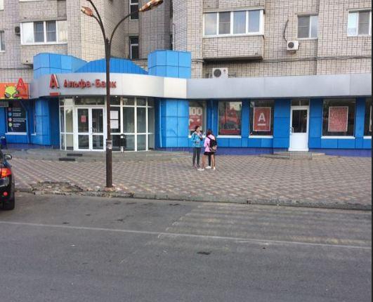«Едва не сбили ребенка»: волгоградцы пожаловались на опасный переход на Николая Отрады