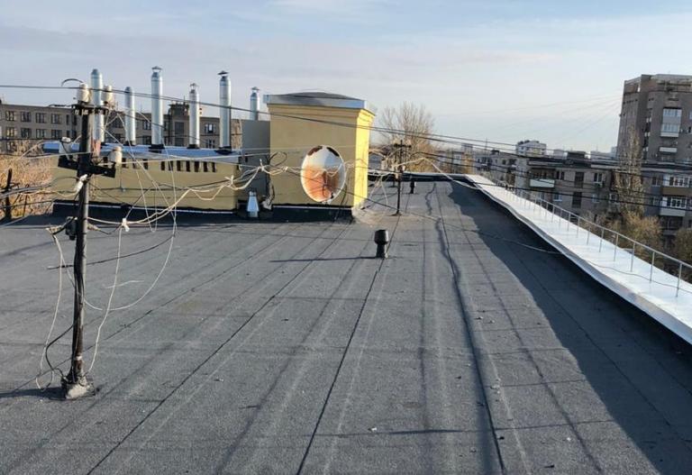 В Волгоградской области капитально отремонтируют крыши у 63 домов