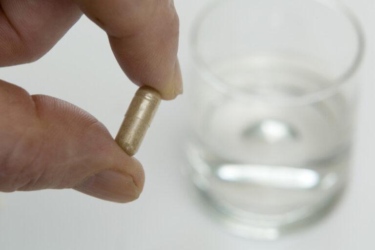 Какие лекарства стоить иметь в аптечке во время пандемии