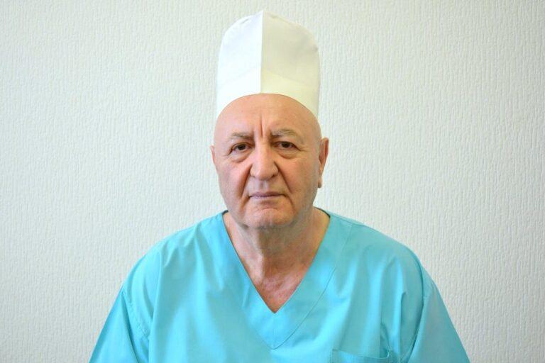 В Волгограде коронавирус унес жизнь травматолога с 50-летним стажем