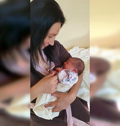 31-летняя жительница Волгоградской области стала мамой в 9-й раз