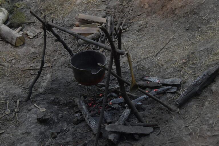 В Волжском продолжают «ловить» разжигателей костров в поселке Рабочем и СНТ