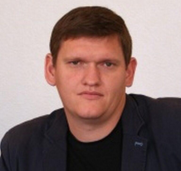 В Калачевском районе досрочно прекращены полномочия главы Петра Харитоненко