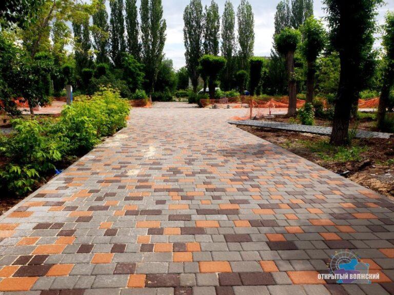 За год в Волгоградской области обновили 114 парков