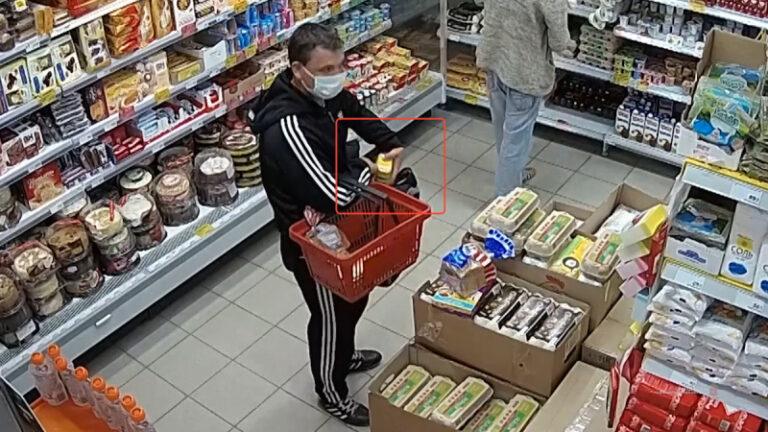 Двое краснодарцев обворовывали волгоградские магазины, а награбленное сбывали на родине