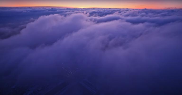 «Встречаем московское время»: волгоградец показал потрясающий закат на видео