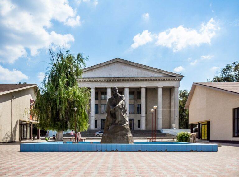 В Волгограде восстановят фасад ДК Тракторозаводского района